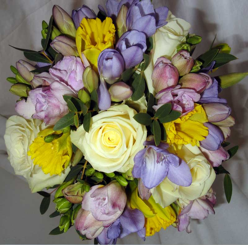 Vibrant lavender and yellow posies